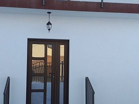 Casa de închiriat 3 camere, în Pitesti, zona Est