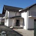 Casa de vânzare 5 camere, în Pitesti, zona Labusesti