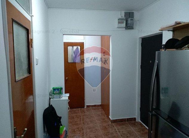 Vanzare Apartament 2 camere decomandat, Piata Berceni - imaginea 1