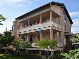 Casa de vânzare 8 camere, în Dobroesti