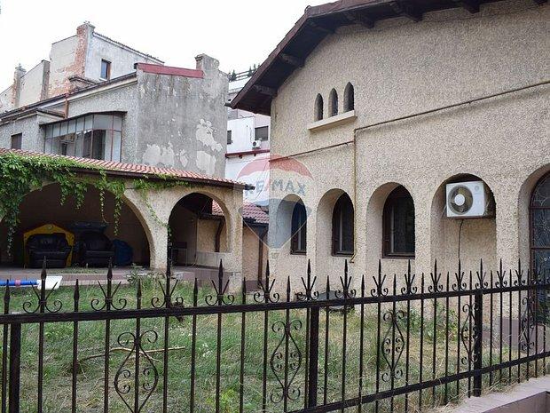Casa / Vila cu 5 camere de vanzare in zona Icoanei - imaginea 1