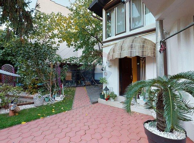 Casa / Vila de lux  de vanzare in zona Dacia-Mosilor! Ocazie! - imaginea 1