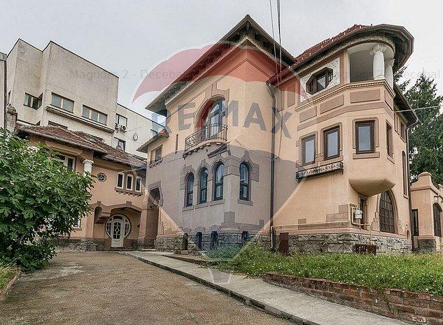 Vila de inchiriat Vasile Lascar 12 camere - imaginea 1