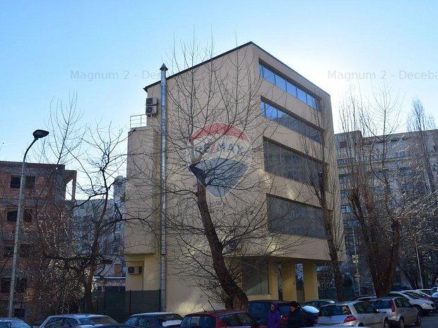 Cladire de birouri in zona Unirii / De Vanzare sau Inchiriere 500 mp - imaginea 2