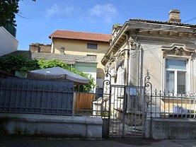 Casa de vânzare 2 camere, în Constanţa, zona Ultracentral