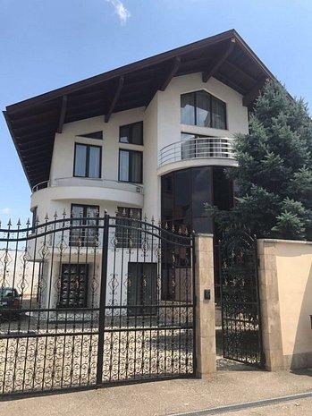 Cladire lux centru 1200mp in localitatea Alba Iulia! - imaginea 1