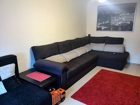 Apartament de vânzare 3 camere, în Bucuresti, zona Margeanului