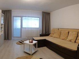 Apartament de închiriat 3 camere, în Bucureşti, zona Pantelimon