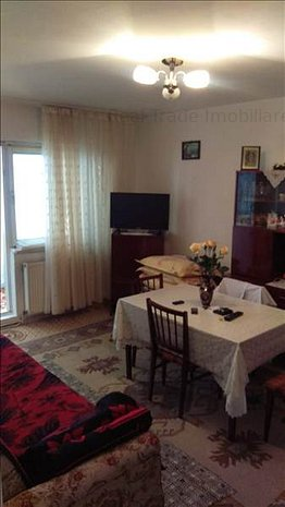 Vanzare apartament 2 camere decomandat structura mare Astra-Carpatilor Brasov - imaginea 1
