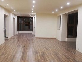 Casa de închiriat 5 camere, în Cluj-Napoca, zona Andrei Mureşanu