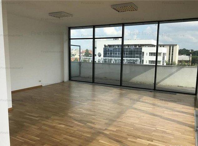 Apartament 4 camere, suprafata utila 155 mp, pretabil firma - imaginea 1
