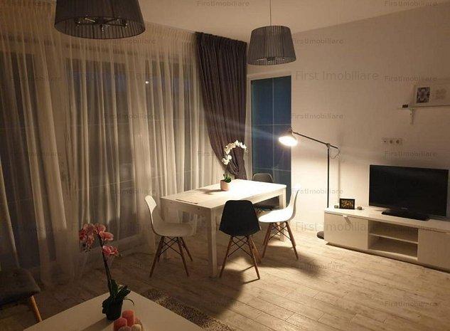Vila 4 camere lux, 3 bai,terasa 130 mp peste etajul 1,curte spatioasa - imaginea 1