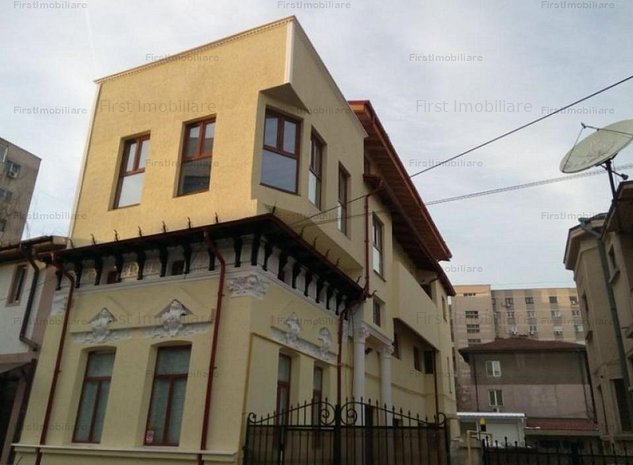 Vila 8 camere moderna, vis a vis de Mariott, suprafata utila 370 mp - imaginea 1