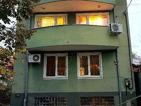 Casa de închiriat 8 camere, în Bucureşti, zona Militari