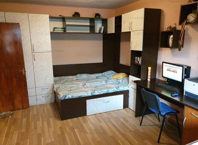 Apartament cu 3 camere in zona Frigocom - imaginea 1
