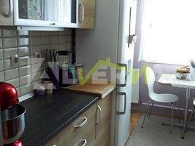 Apartament de vânzare 3 camere, în Zalau, zona Dumbrava 2