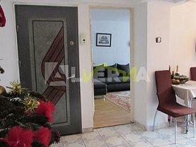 Apartament de vânzare 3 camere, în Zalau, zona Sud-Est
