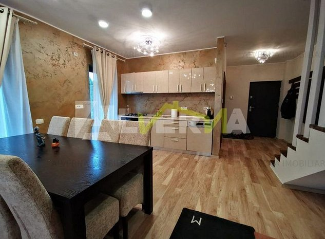 NOU! Duplex - 3 dormitoare, living, terasa, gradina, zona Europa - imaginea 1