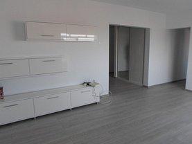 Apartament de închiriat 3 camere, în Ploieşti, zona Gheorghe Doja