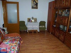 Apartament de vânzare 2 camere, în Ploieşti, zona Mihai Bravu