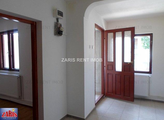 Inchiriere casa 2 camere in Ploiesti, zona Sud - imaginea 1