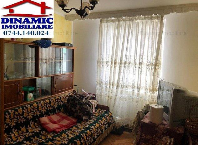 Apartament 3 camere, Str. Aleea Ulmilor, redus de la 35000 la 32000 Euro - imaginea 1