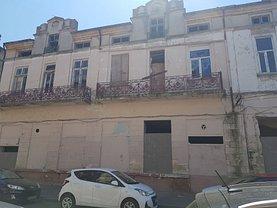 Casa de vânzare 14 camere, în Constanţa, zona Central