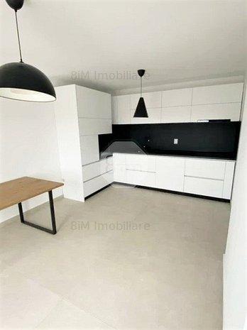Vanzare Penthouse   2 Camere   56 mp   Parcare   Zona Baza Sportiva Gheorgheni ! - imaginea 1