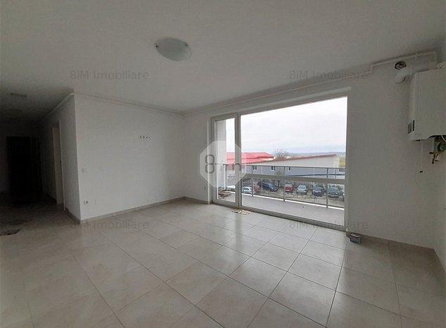Vanzare Apartament 3 Camere, Semidecomandat, 65 mp, Zona Ambient ! - imaginea 1