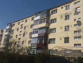 Apartament de vânzare 2 camere în Plopeni, Central