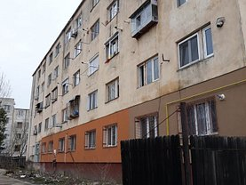 Apartament de vânzare 2 camere, în Olteniţa, zona Central