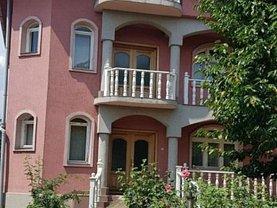 Casa 7 camere în Criscior