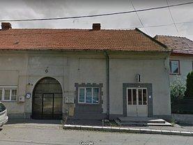 Casa de vânzare 5 camere, în Deva, zona Progresul