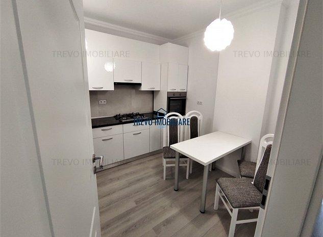 Apartament de LUX cu 3 camere, 64 mp, decomandat, zona strazii Paris - imaginea 1