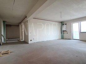 Apartament de vânzare 4 camere, în Cluj-Napoca, zona Aurel Vlaicu