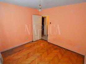 Apartament de vânzare 2 camere, în Cluj-Napoca, zona Plopilor