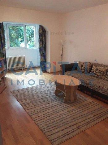 Vânzare apartament cu 3 camere decomandat, zona Plopilor - imaginea 1