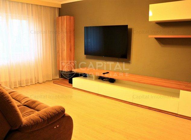 Închiriere apartament cu 4 camere decomandat, Zorilor - imaginea 1