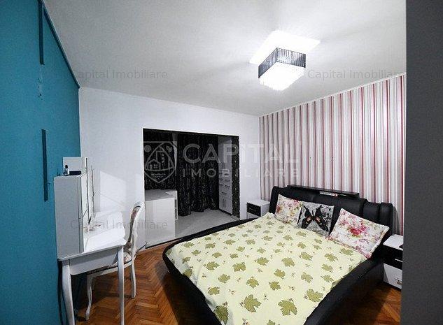 Închiriere apartament cu 3 camere decomandat, Zorilor - imaginea 1