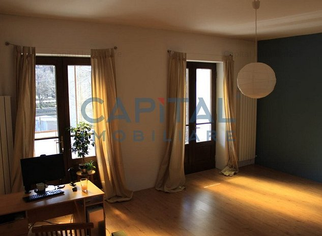 Vanzare apartament cu 3 camere semidecomandat Semicentral, Cluj-Napoca. - imaginea 1