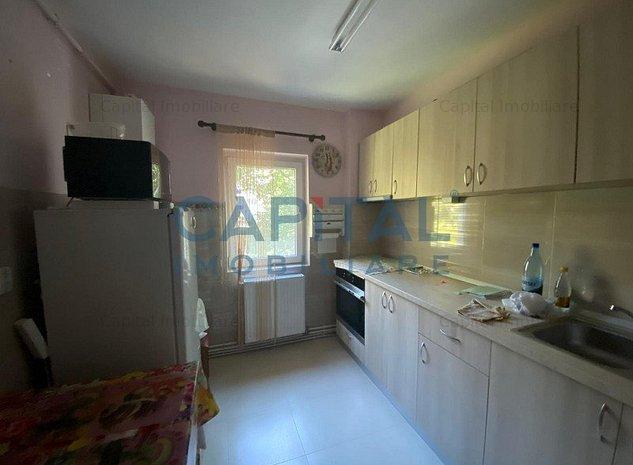 Vanzare Apartament 3 camere semidecomandat Manastur - imaginea 1