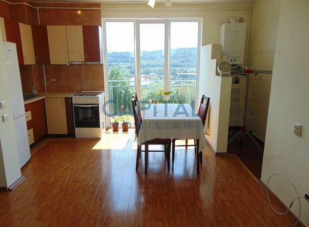 Vanzare apartament 2 camere, Dambul Rotund - imaginea 1
