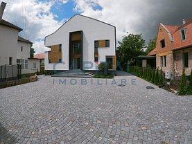 Casa de închiriat 14 camere, în Cluj-Napoca, zona Central