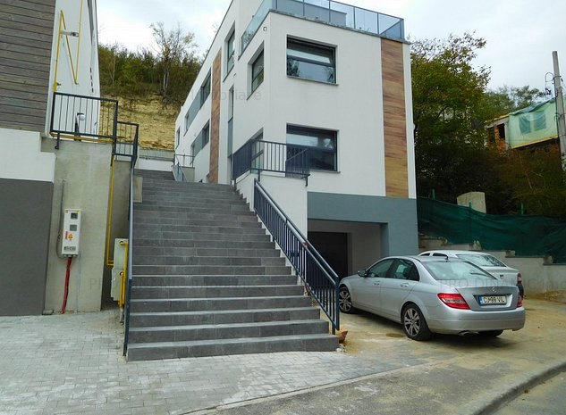 PRET NOU! Apartament in vila noua, Grigorescu - imaginea 1