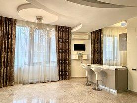 Casa de vânzare sau de închiriat 4 camere, în Bucureşti, zona Pipera