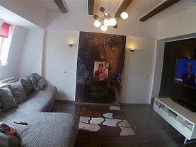 Apartament de vânzare 3 camere, în Brasov, zona Judetean