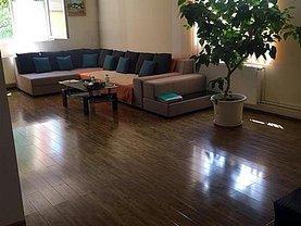 Casa de vânzare 4 camere, în Bucuresti, zona Sisesti