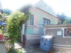 Casa de vânzare 3 camere, în Braşov, zona Dârste