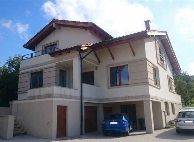 Casa cu 5 camere in Andrei Muresanu - imaginea 1