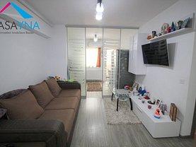 Apartament de vânzare 3 camere, în Bacău, zona Nord